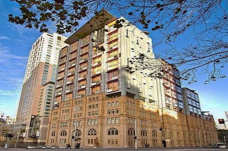 Blepharoplasty Sydney - 1 Jamison Street Office